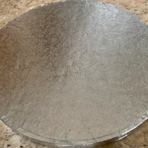 round-silver-cake-boards