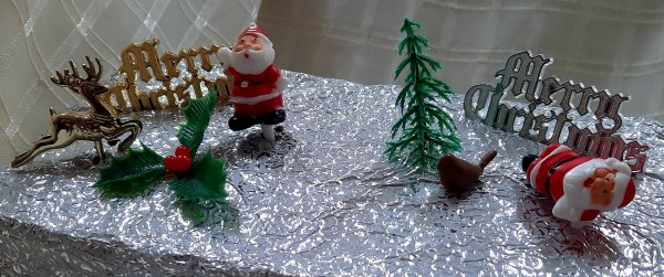 christmas-cake-decorations-pack